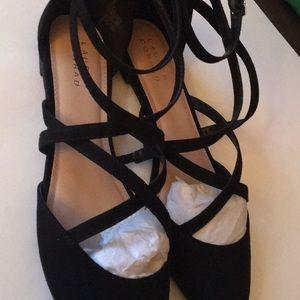 Lauren Conrad strappy flats black size 10